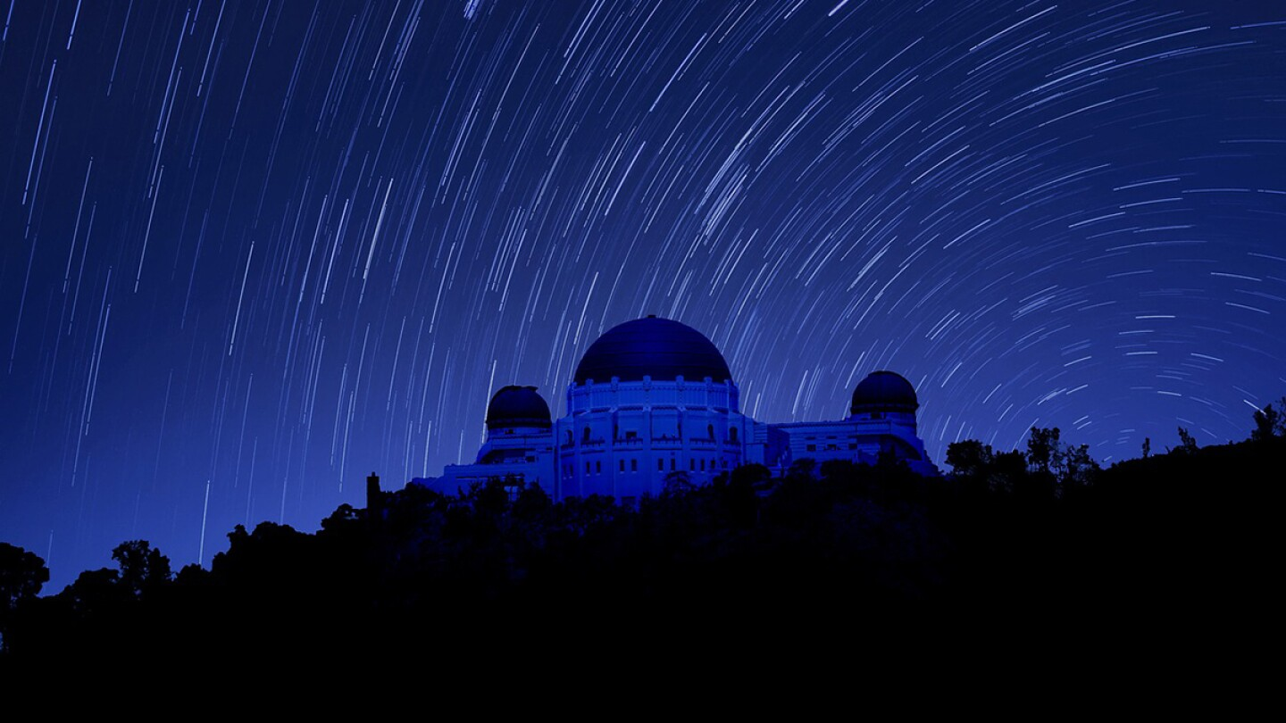 Top Image: Griffith Observatory at night. | mimoulamiou/Needpix