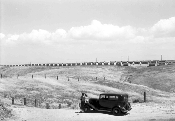 Another view of the Olympic Village in Baldwin Hills. Courtesy of the Automobile Club of Southern California Archives.