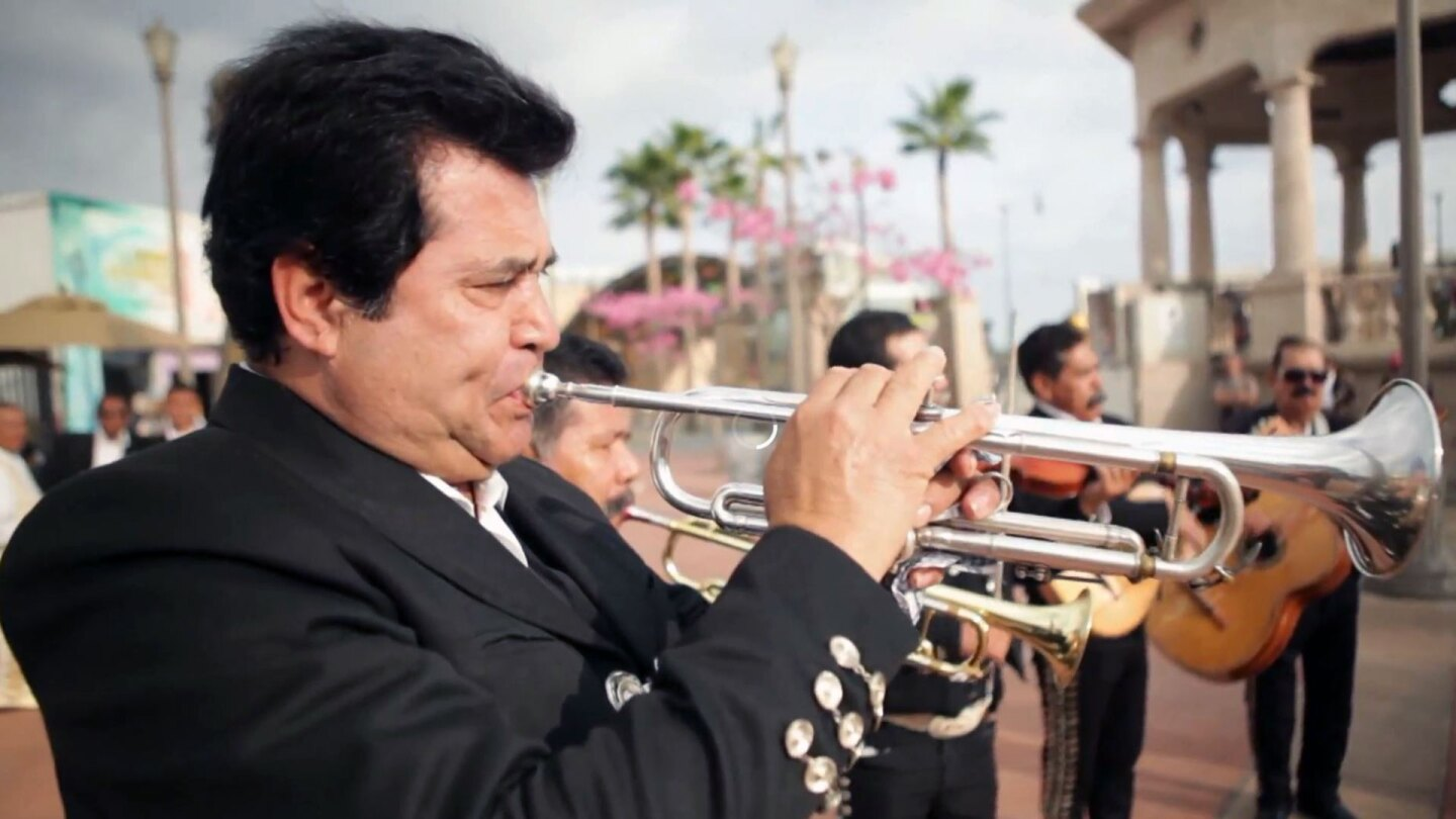 Mariachis in Boyle Heights