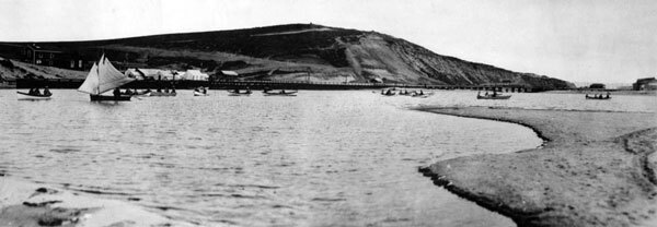 Boats on Ballona Lake on November 12, 1902. Courtesy of the Photo Collection, Los Angeles Public Library.