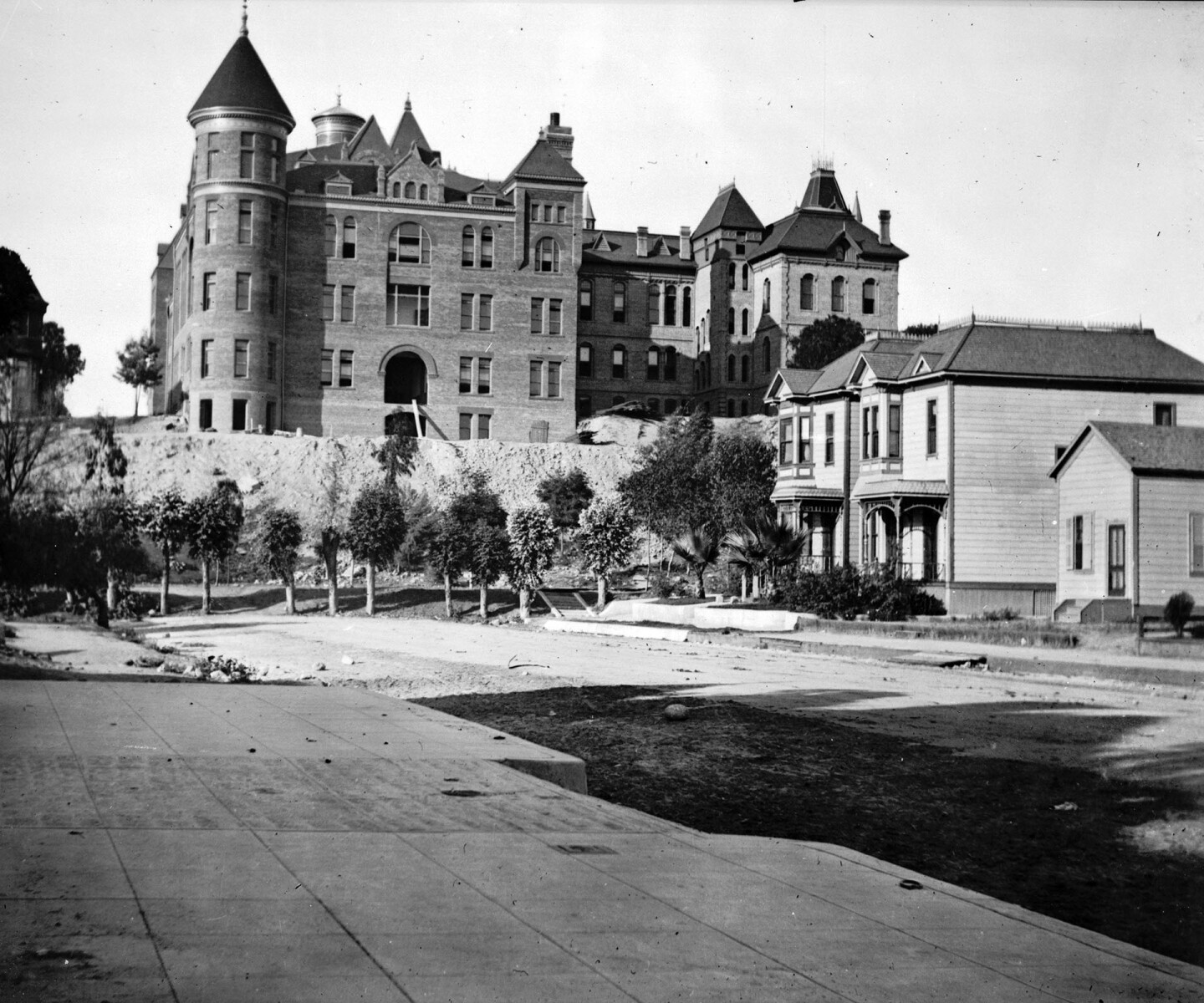 Circa 1898 view of the State Normal School, looking north from Hope and 6th streets