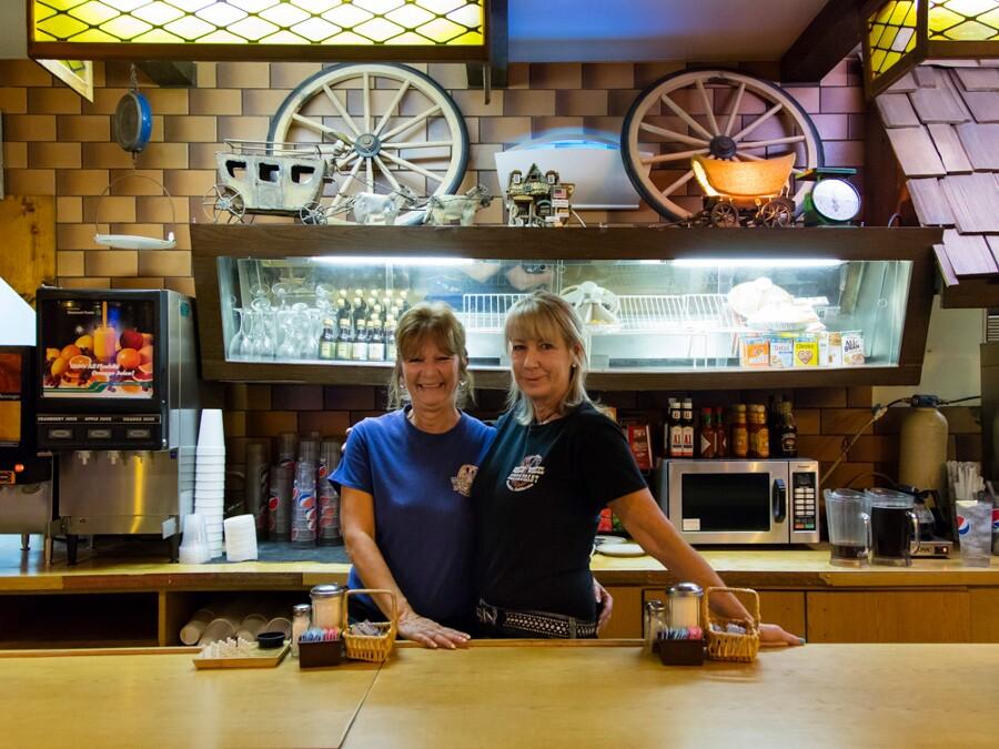 mojave_desert_needles_wagon_wheel_restaurant.jpg