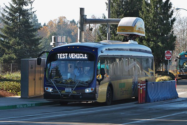 A Proterra electric bus at its charging station.   Sounder Bruce / Creative Commons