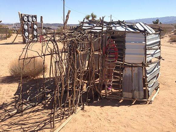 Outdoor Desert Art Museum of Assemblage Sculpture | Photo: Juan Devis.