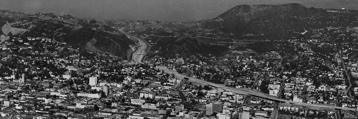 Aerial view, Hollywood, Cahuenga Pass and Hollywood Freeway (US-101), cropped