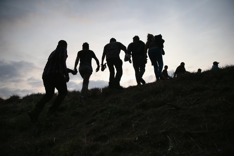 Unaccompanied Minors (6)