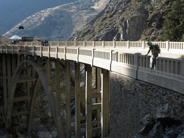 bridge-to-nowhere-hike