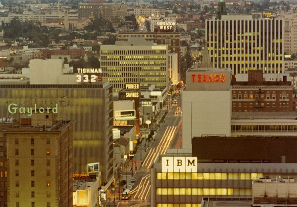 Wilshire Boulevard, looking downtown ca. 1980 | Courtesy of the Los Angeles Public Library