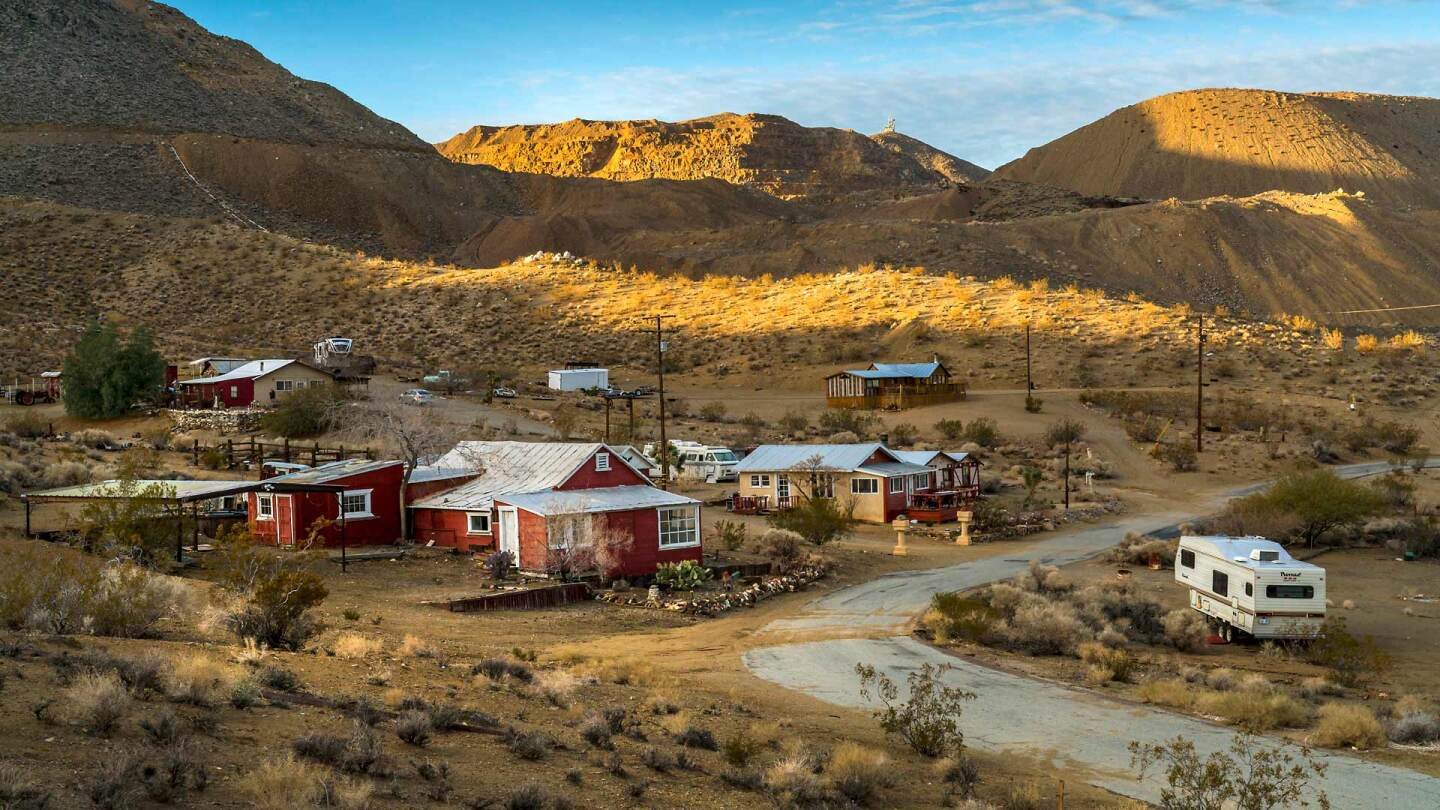 The Yellow Aster Mine in Randsburg, CA | Kim Stringfellow. January 2019