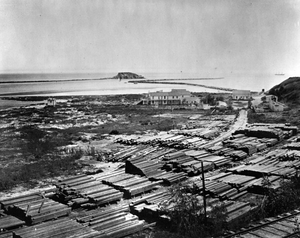Dead Man's Island, circa 1890. Courtesy of the Photo Collection - Los Angeles Public Library.