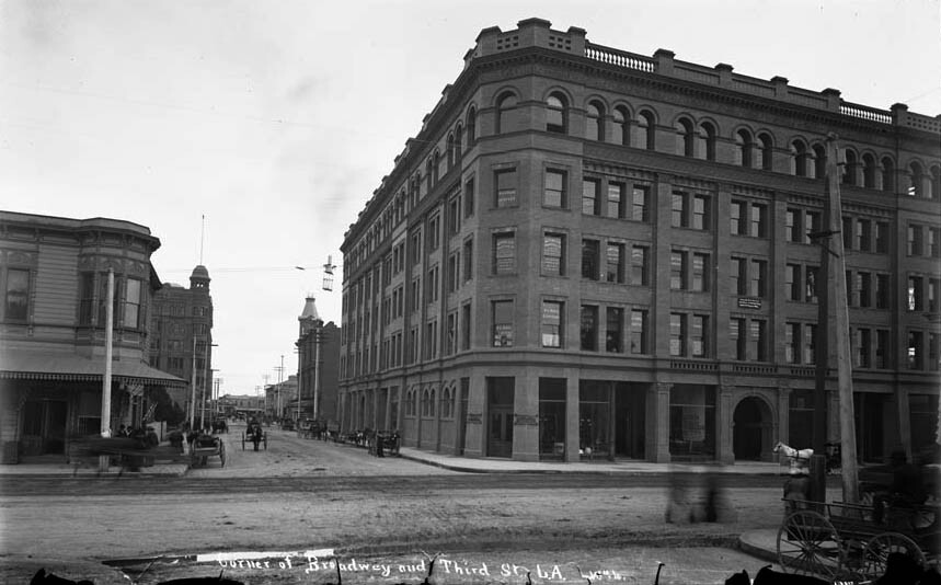 Bradbury Building at the corner of Broadway and 3rd in 1894