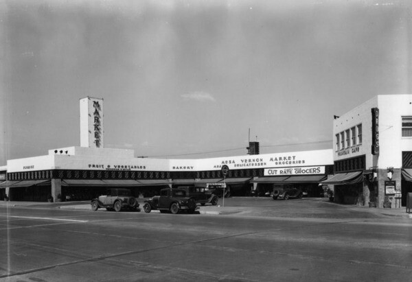 Mesa Vernon Market at the corner of Crenshaw and Leimert Place ca. 1931| Courtesy of Los Angeles Public Library