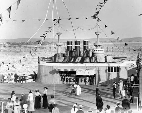 Photo courtesy of Los Angeles Public Library