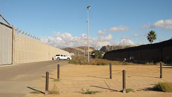 border_walls_6.jpg