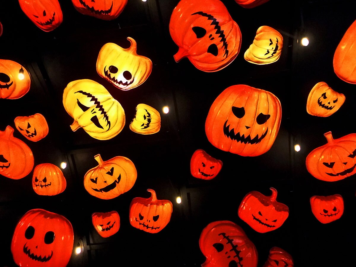 Decorative jack-o'-lanterns at Hauntoween L.A. | Sandi Hammerlein