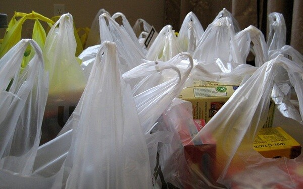 plastic-paper-bag-ban-los-angeles
