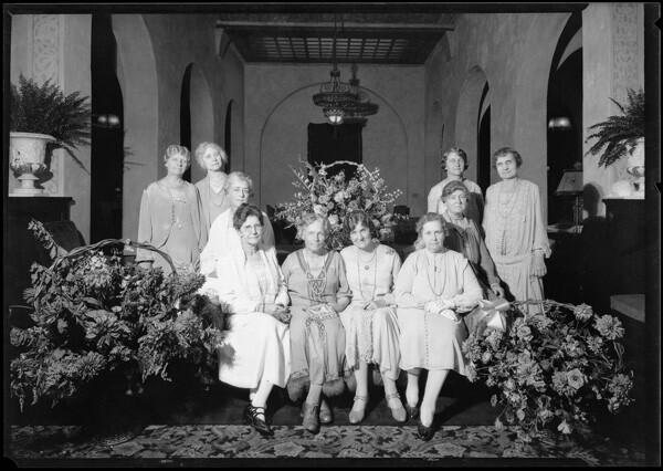 Women meet at hotel lobby   Dick Whittington Studio Collection, USC Digital Library