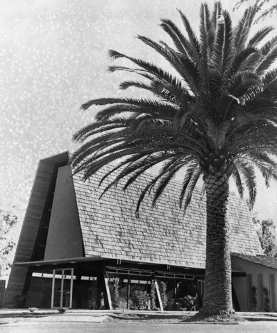 Westwood Memorial Chapel, 1962 | Herald-Examiner Collection, Courtesy of the Los Angeles Public Library