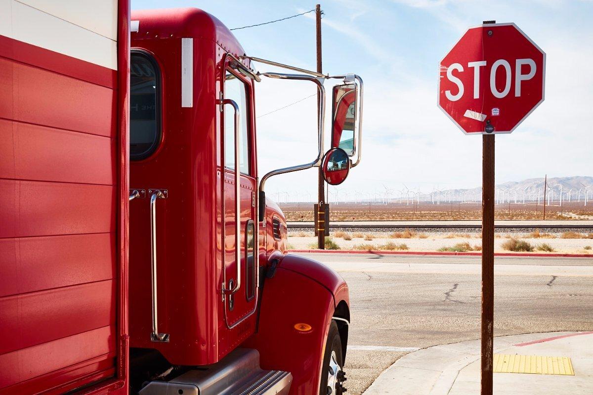 Budweiser Truck & Stop Sign – Mojave, CA – 2016 | Osceola Refetoff