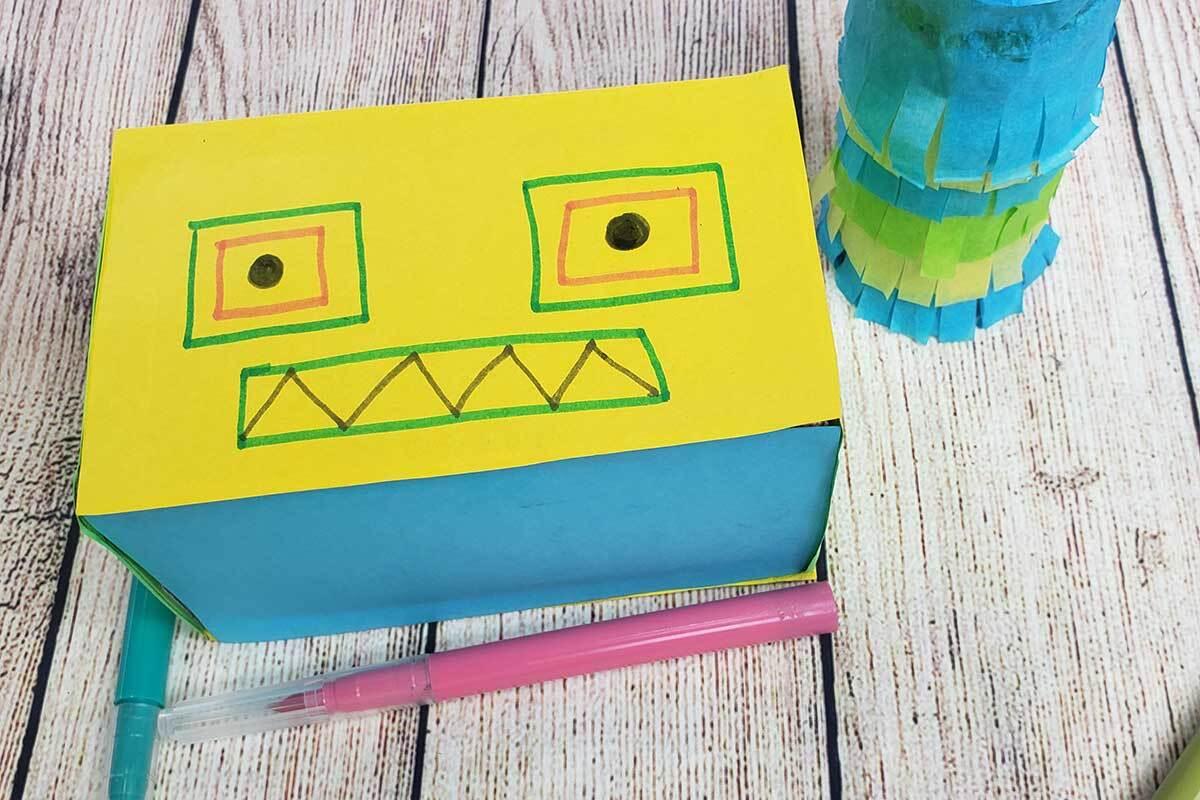 robot piñata face