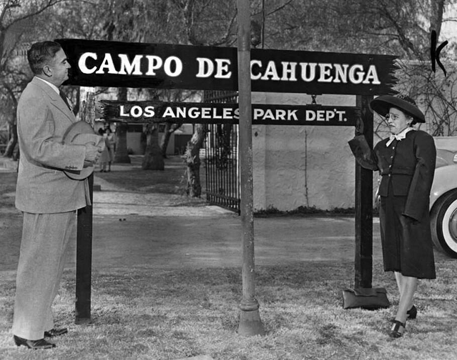 Campo de Cahuenga sign