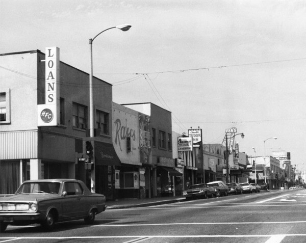 Main Street in Alhambra looking east, 1971 | Security Pacific National Bank Collection, courtesy of the Los Angeles Public Library
