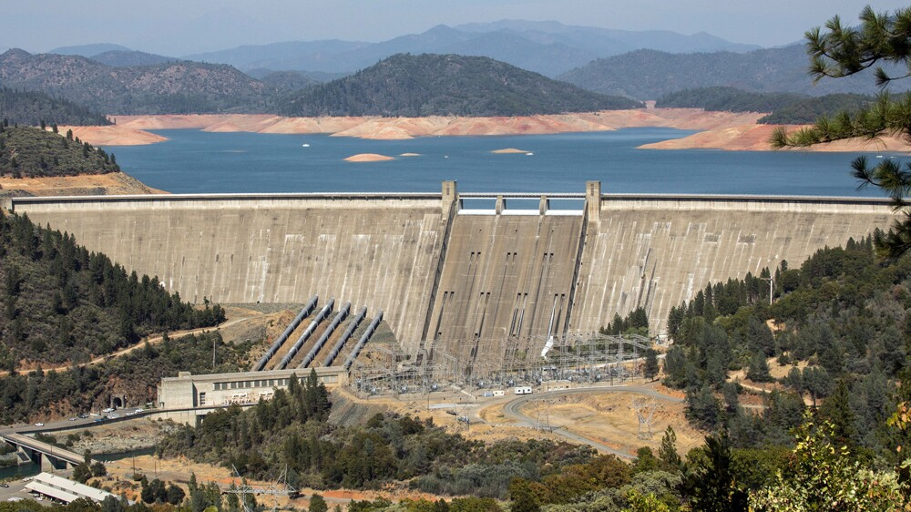 Shasta Dam, which may have doomed some salmon and trout to extinction | Photo: Dan Brekke, some rights reserved