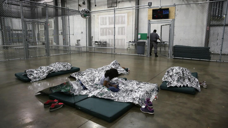 Unaccompanied Minors (4)