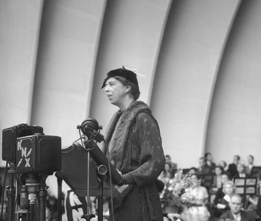 First Lady Eleanor Roosevelt spoke at the Hollywood Bowl in 1935. Courtesy of the Los Angeles Times Photographic Archive. Department of Special Collections, Charles E. Young Research Library, UCLA.