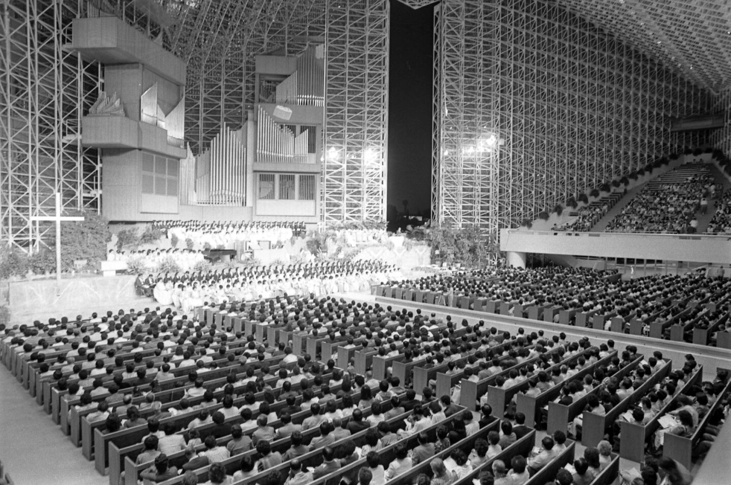 Service marking anniversary of introduction of Protestantism into Korea at the Crystal Cathedral in Garden Grove, Calif., 1984
