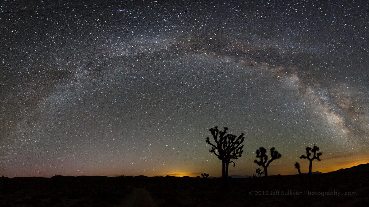 The Milky Way just before morning at Joshua Tree. | Flickr/Jeff Sullivan/Creative Commons (CC BY-NC-ND 2.0)