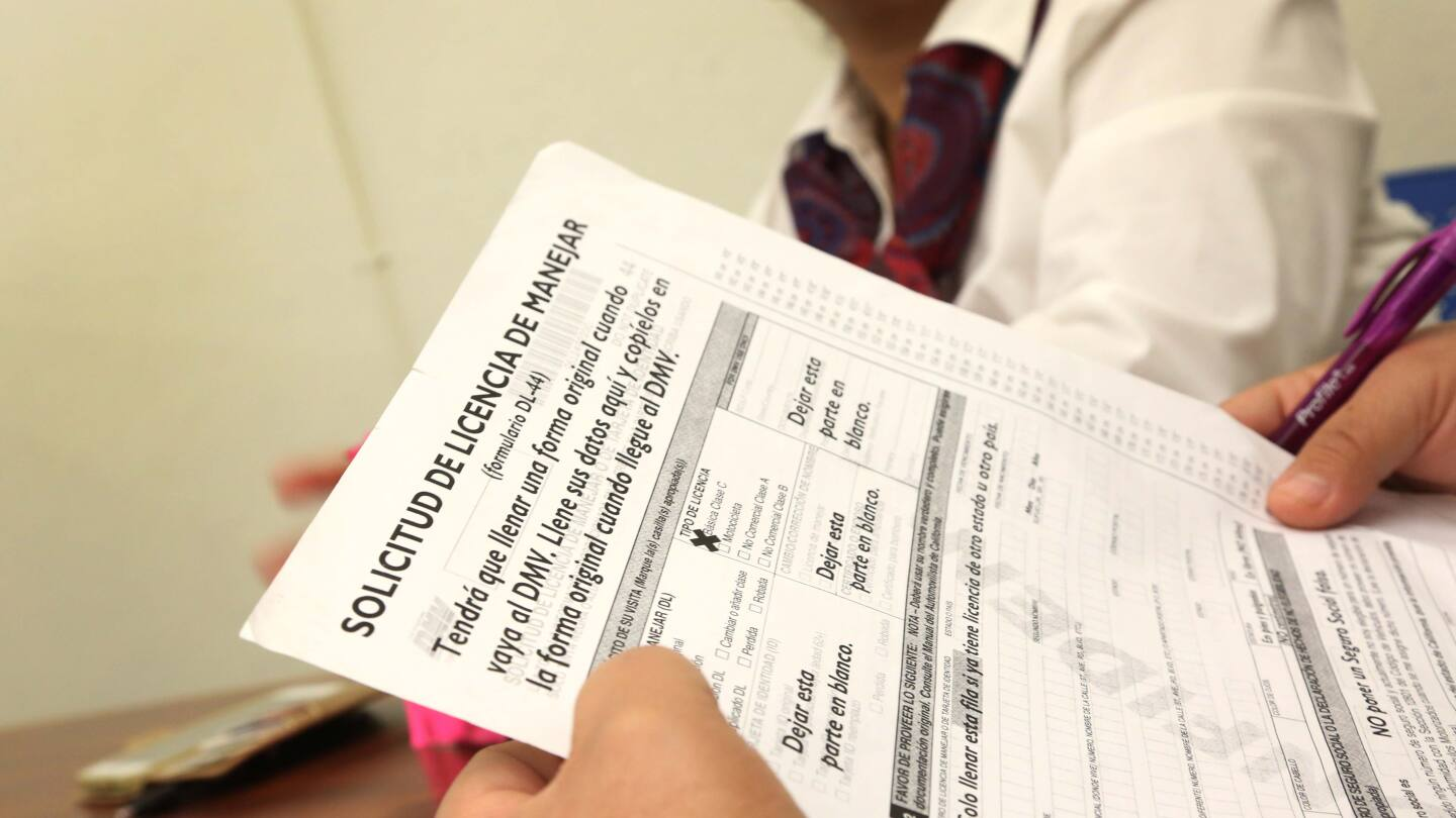More than three-quarters of a million undocumented immigrants now hold California drivers licenses. | photo by Maria J. Avila for CALmatters