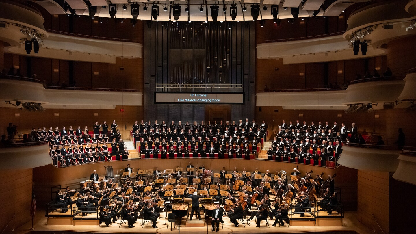 Pacific Symphony with Pacific Chorale | Courtesy of Pacific Symphony