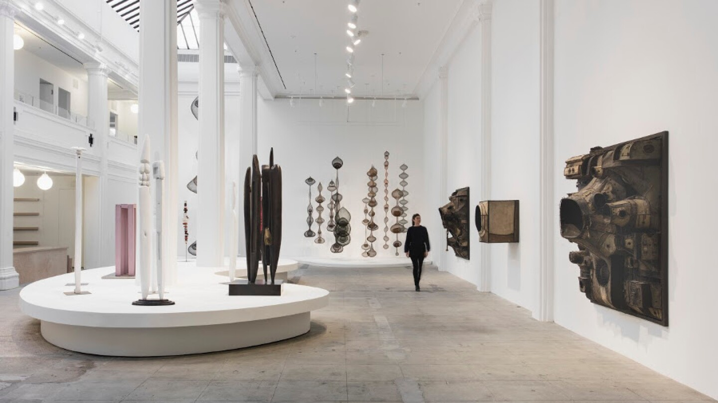 installation_view_hauser_wirth_schimmel_2016._courtesy_of_the_artists_and_hauser_wirth._photo_brian_forrest.jpg