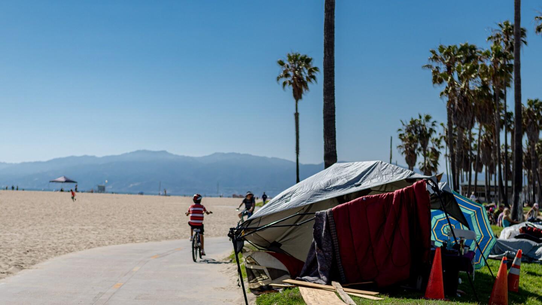 Homeless beach tent