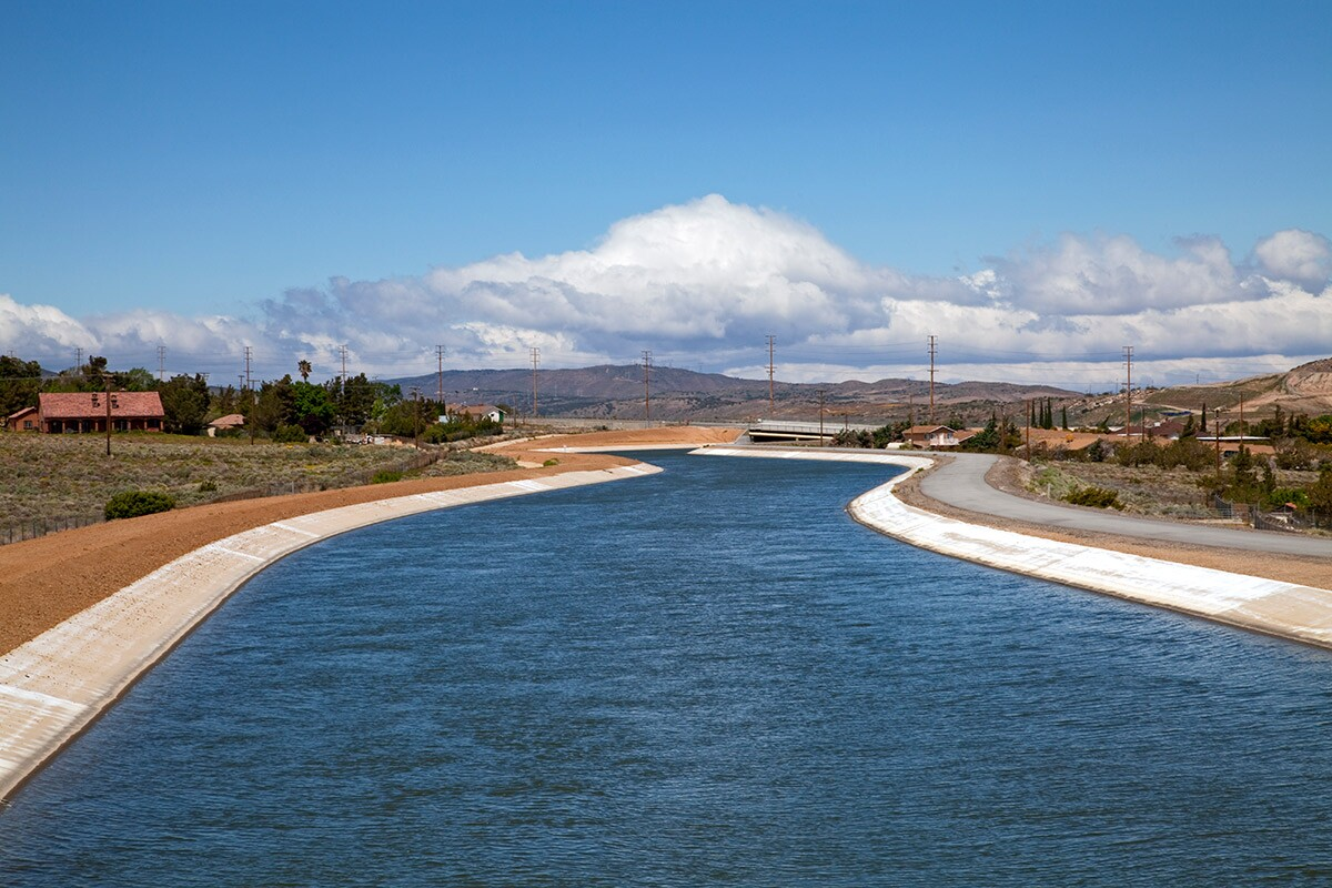 The California Aqueduct runs from the Sacramento-San Joaquin Delta to Los Angeles County | Citizens of the Planet/Education Images/Universal Images Group via Getty Images