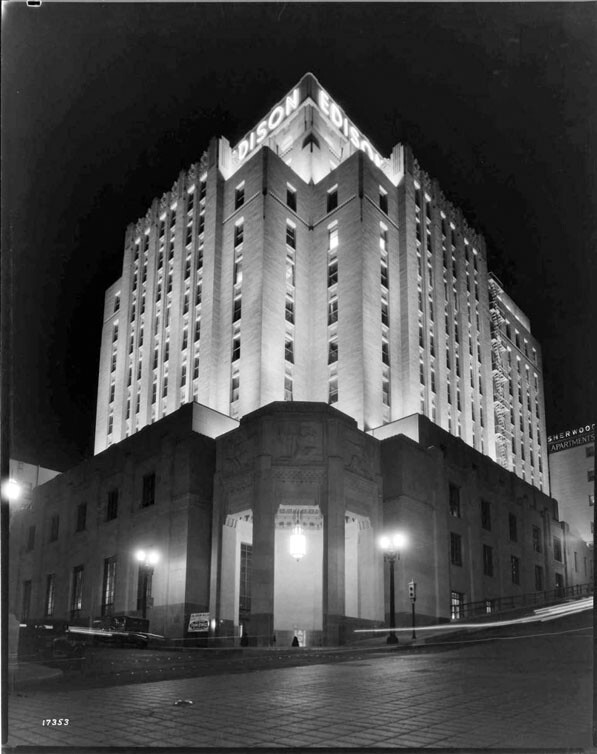 Edison Building (5th & Grand) floodlighted at night (Call Number: 02 - 17353; Date: 4/6/1931)