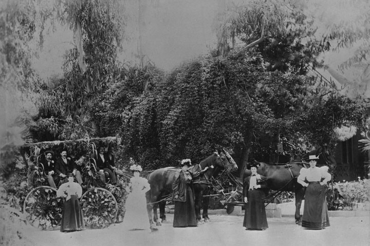 A gathering for a celebration at the ranch | Photo: Los Angeles Public Library