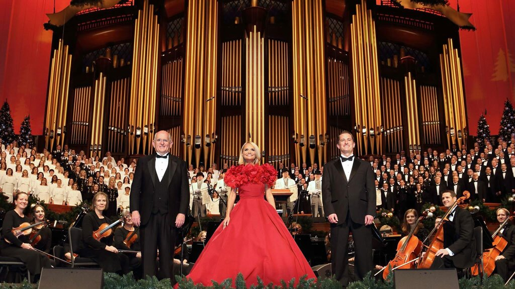 The Tabernacle Choir and Orchestra, and Kristin Chenoweth at Temple Square.