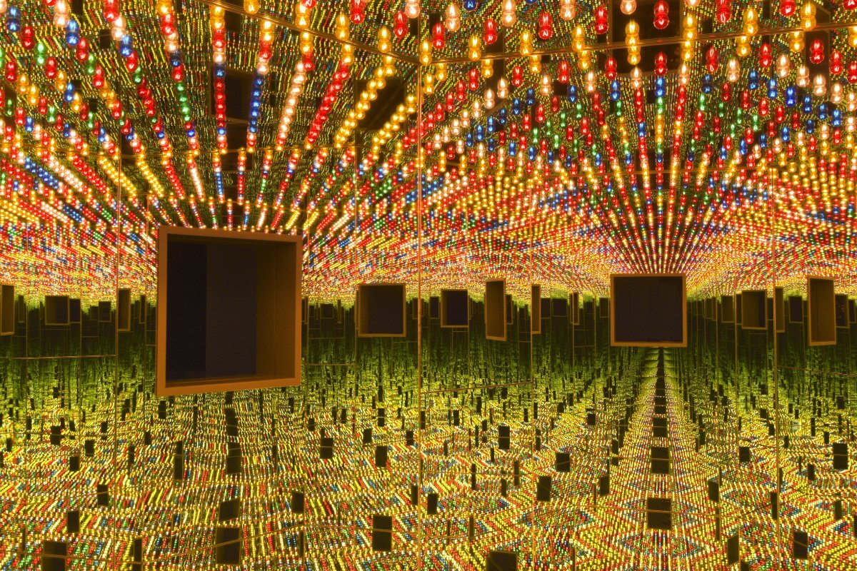 Infinity Mirrored Room—Love Forever (1966/94) Yayoi Kusama | Collection of Ota Fine Arts, Tokyo/Singapore