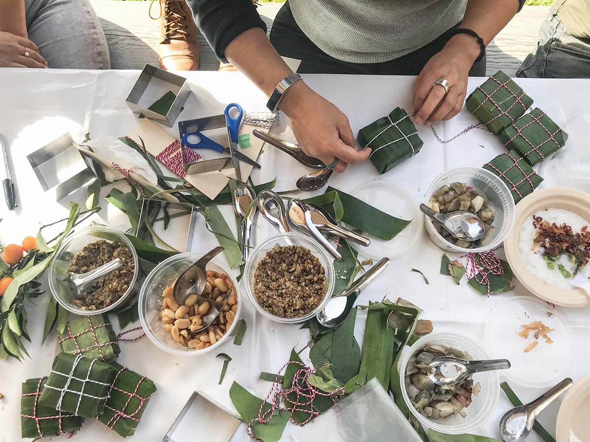 Making vegetarian bánh chưng with peanuts | Sri Panchalam