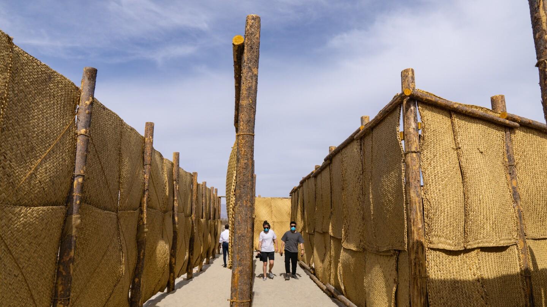 """Eduardo Sarabia's """"The Passenger"""" Desert X 2021"""