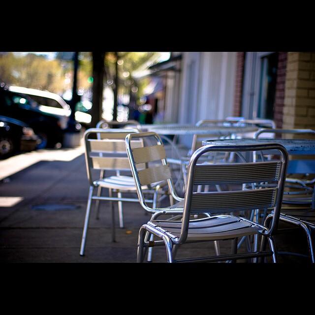 sidewalkdining