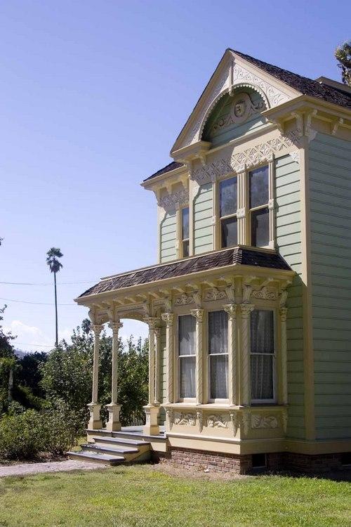 The Valley Knudsen Garden residence originally stood on Mozart Street in Lincoln Heights.