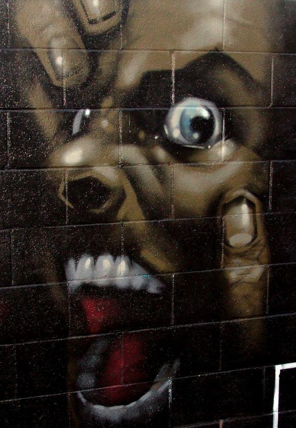 Van Saro's work on the streets