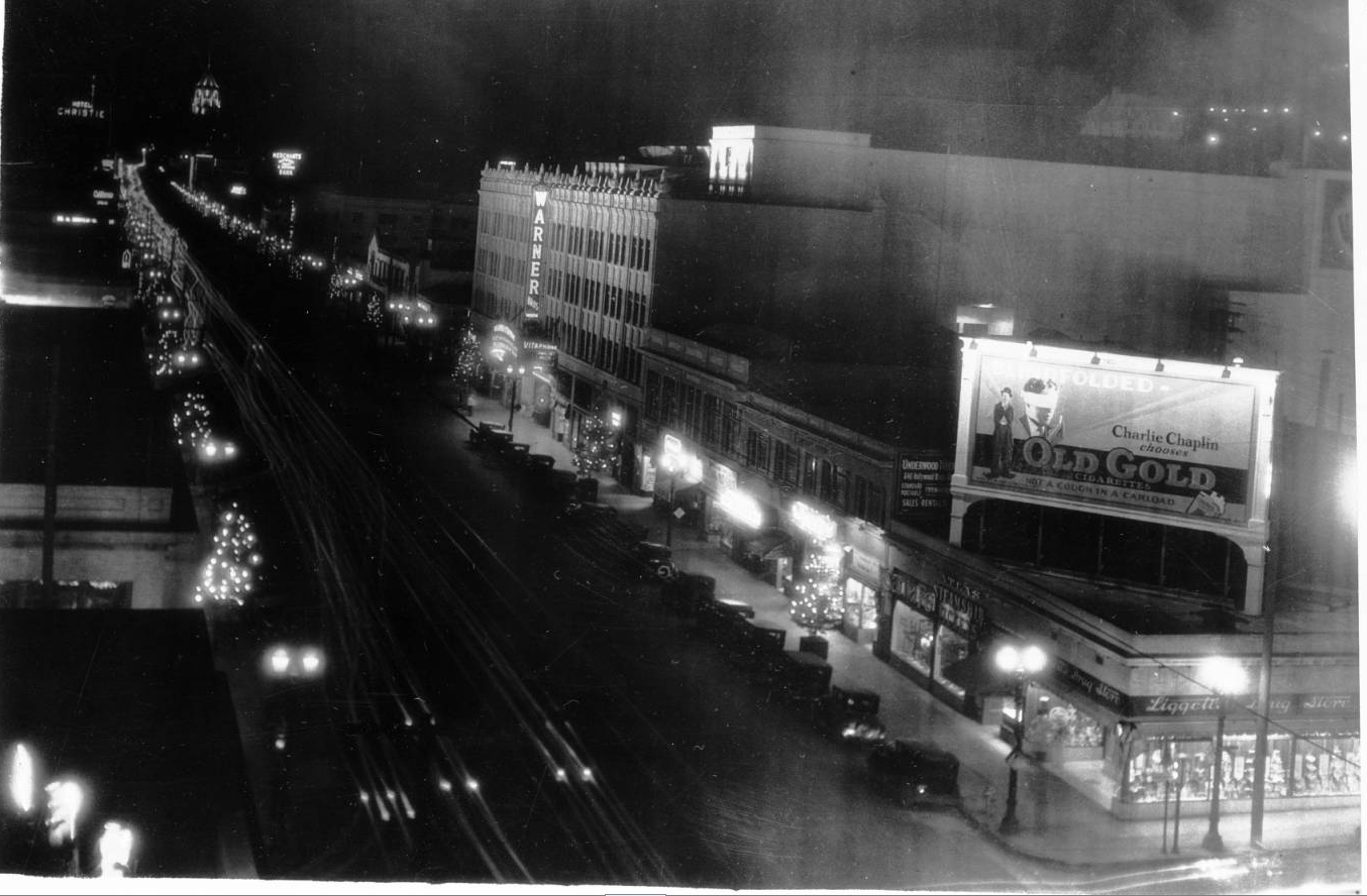 Another view of Hollywood Boulevard as Santa Claus Lane in 1928. Courtesy of the California Historical Society Collection, USC Libraries.