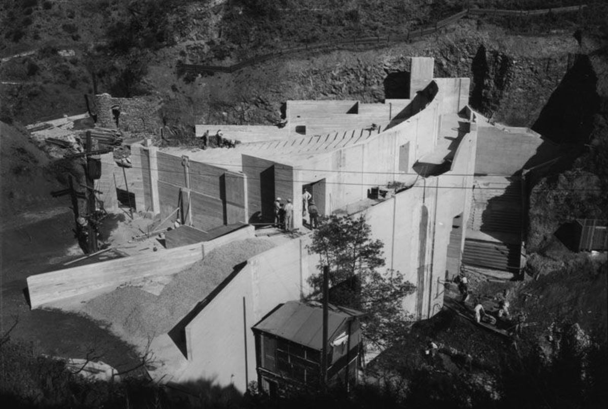 Construction of the Pilgrimage Play Ampitheatre, 1931 | Security Pacific National Bank Collection