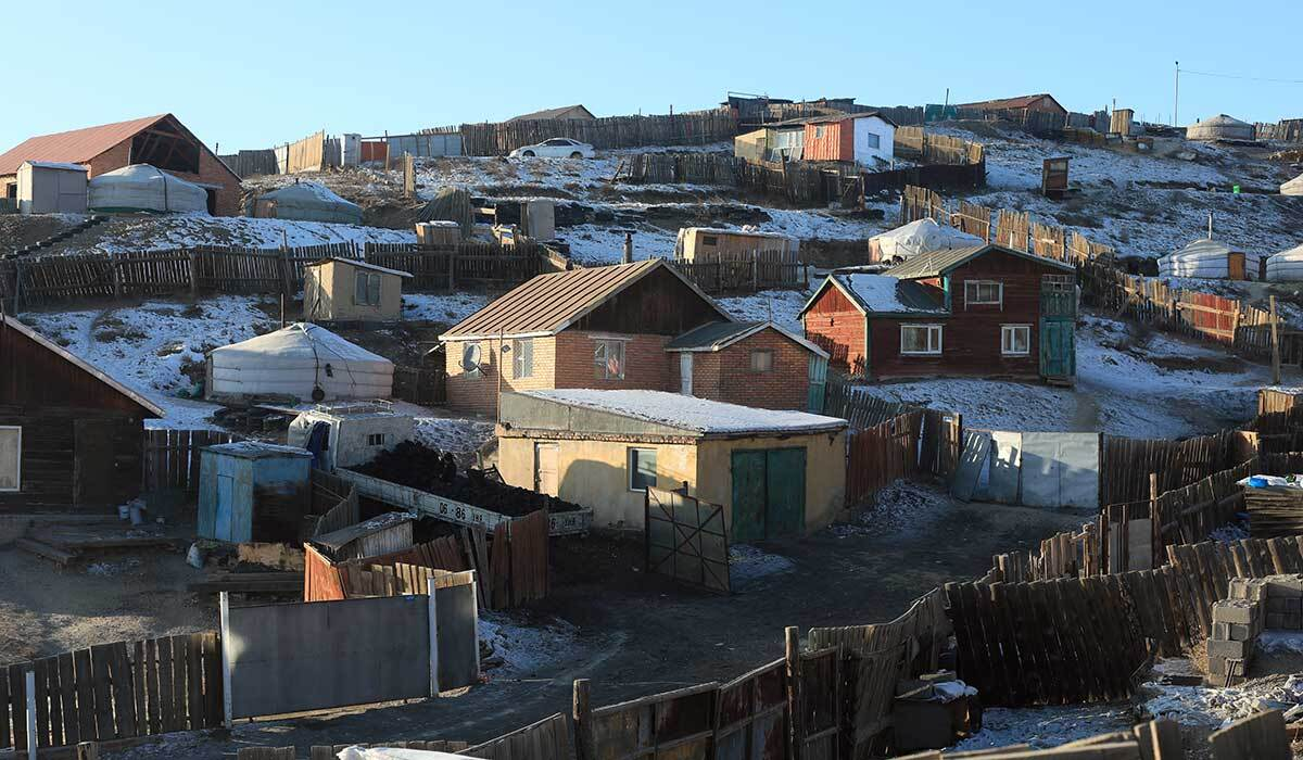 Herders in Mongolia are moving to the city, setting up sprawling informal ger districts. | Shanshan Chen/Thomson Reuters Foundation