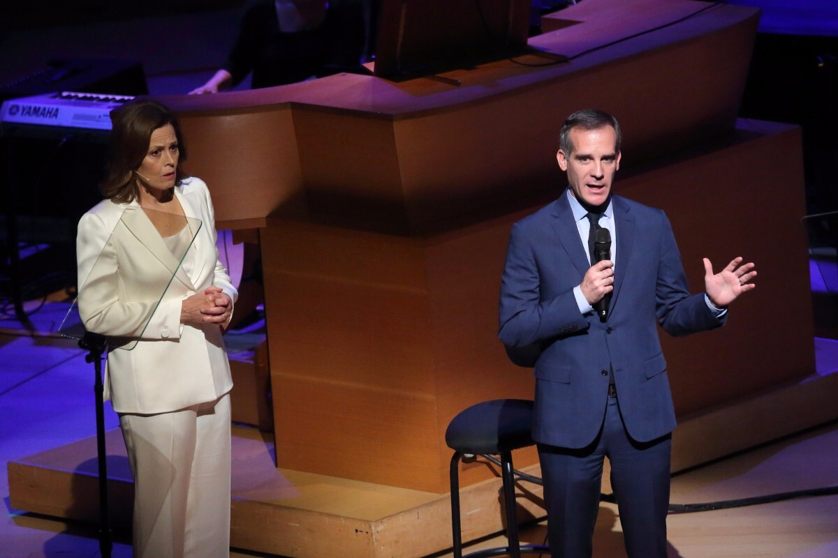 """Sigourney Weaver and Mayor Eric Garcetti are cast on the 2017 performance of """"War of the Worlds.""""   Craig T. Mathew of Mathew Imaging"""