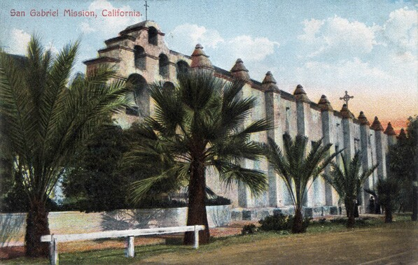 Postcard circa 1910 depicting San Gabriel Mission. Courtesy of the Werner von Boltenstern Postcard Collection, Loyola Marymount University Library, Department of Archives and Special Collections